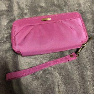 NWOT Travelon wristlet wallet